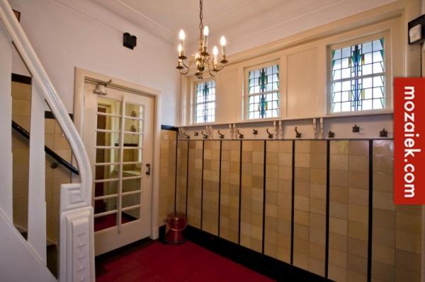 Gele Vloertegels Badkamer : Gespikkelde tegels gezocht voor villa vera jaren gele tegels