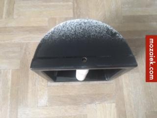 ZB-zwart keramiek toiletrolhouder amsterdamse school 151×151 met houten rolhouder